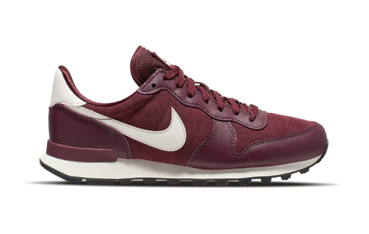 NIKE Wmns Internationalist SE (872922-603)